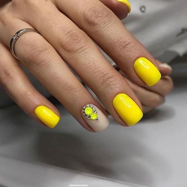 Lakier hybrydowy Grattol Classic Yellow 9 ml 3